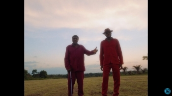 VIDEO: 2baba - Searching ft. Bongos Ikwue